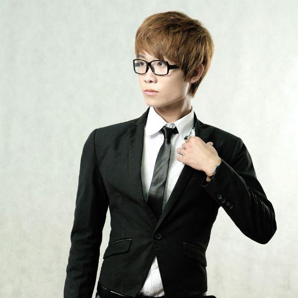Mảnh Vỡ Trong Tim (Remix) Loi bai hat - Hoàng Tùng Anh ft Kayty