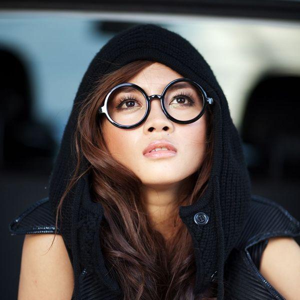 Loi bai hat Em chỉ cần Thế Thôi (Lời Nguyền Sarphia OST) - Hoàng Nghi Lâm
