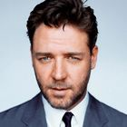 stars(deluxe version) - russell crowe