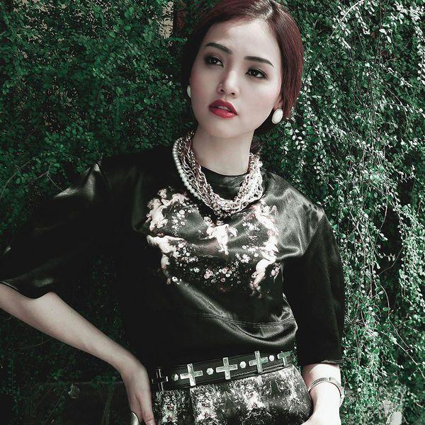 Loi bai hat Sáng Tối - Linh Phi