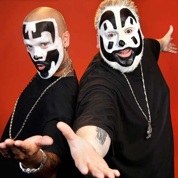 what is a juggalo What is a juggalo [violent j] what is a juggalo let me think for a second oh, he gets butt-naked and then he walks through the streets winking at.