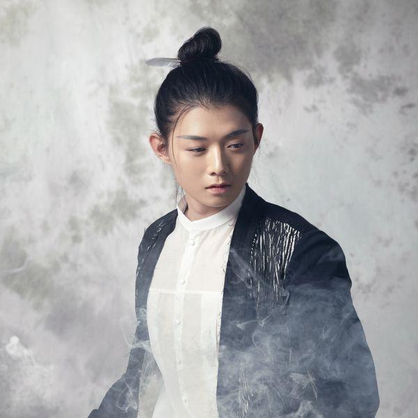 Cậu Khỏe Không Thiếu Niên / 你好吗 少年 (Live) Loi bai hat - Hoắc Tôn (Henry Huo)