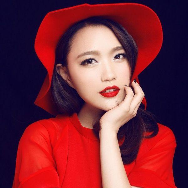 Loi bai hat Lắng Nghe Tình Yêu / 耳聽愛情 - Trang Tâm Nghiên (Ada Zhuang)