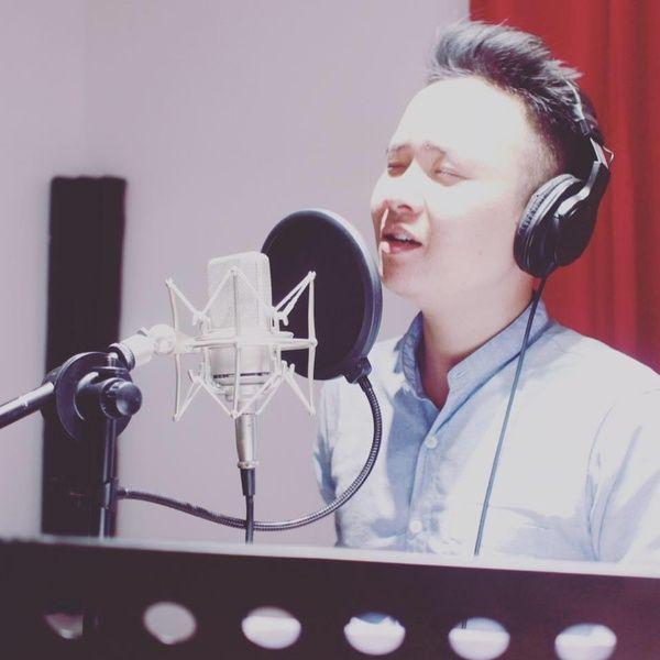 Tình Yêu Mang Theo (Guitar Cover) Loi bai hat - T-rung Channel