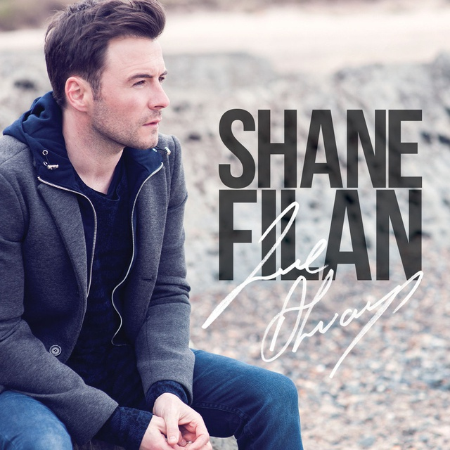 Shane Filan vừa cho ra mắt MV ca khúc Beautiful In White nổi tiếng của mình sau 8 năm ra mắt