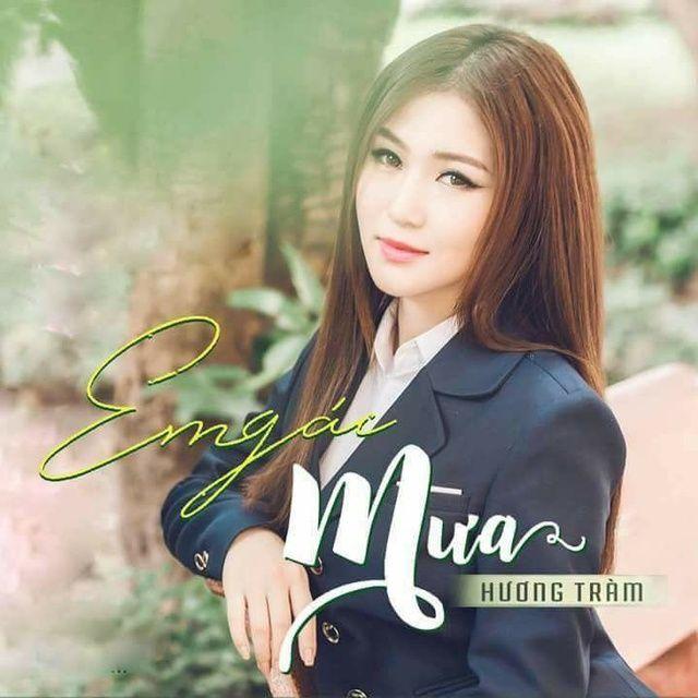 Loi bai hat Em Gái Mưa (Hoàng Thái Mix) - Hương Tràm
