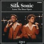 Tải bài hát Leave The Door Open (Live) Mp3